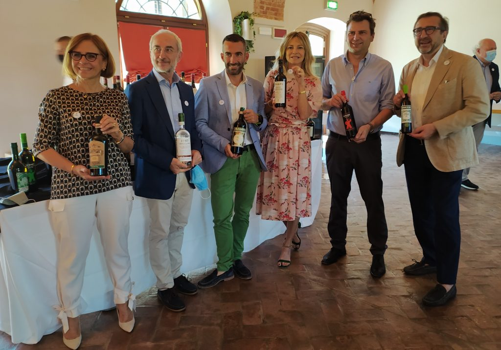 produttori Vermouth di Torino col Presidente Bava, ultimo a destra