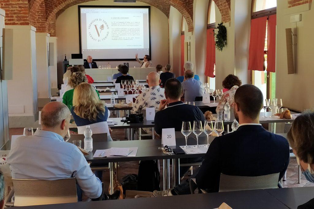 Alla Banca del Vino di Pollenzo degustazione del Vermouth di Torino